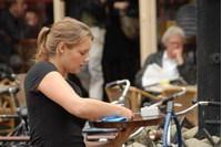 De Nederlandse vrouw die meer wil werken staat onder dubbele druk image