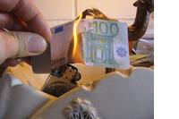 Wat kan de euro nog redden? Euro-obligaties + uittredingsprocedure image