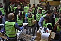 Groep vrijwilligers tijdens collecte voor Haiti