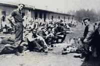 Dromen over een geldloze maatschappij - Lessen uit een gevangenenkamp image
