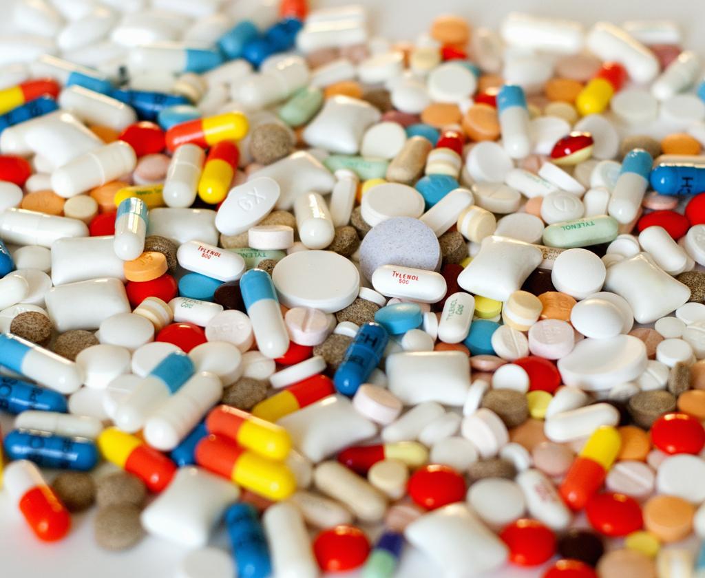 Discussie over de farmaceutische industrie vraagt om feiten  image