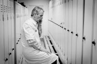 Sterke minister laat ziekenhuizen winst uitkeren image